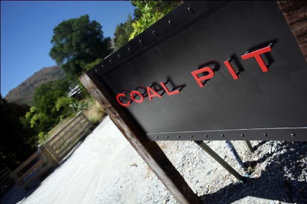 Coal Pit Wine